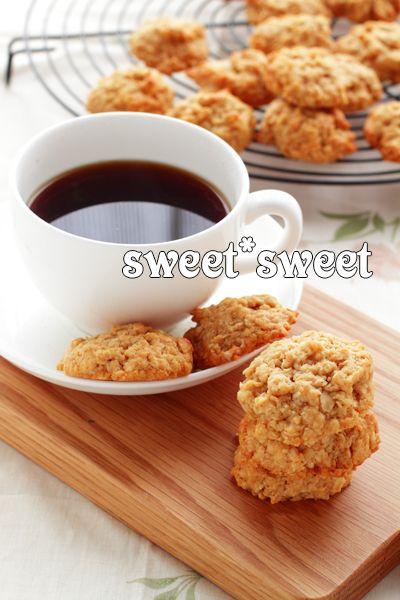 オートミールクッキー(レシピは若山 曜子さん)   sweet*sweet・・・日々の写真ログ