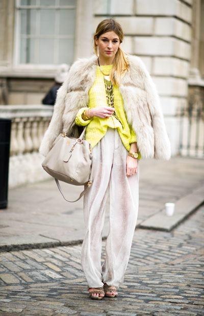 Street fashion - London: