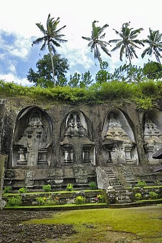 Tombs of the King's concubines, Gunung Kawi, near Ubud, Bali, Indonesia, Southeast Asia