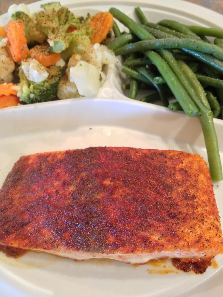 Smoked Paprika Roasted Salmon & Veggies   Food & Drink   Pinterest ...