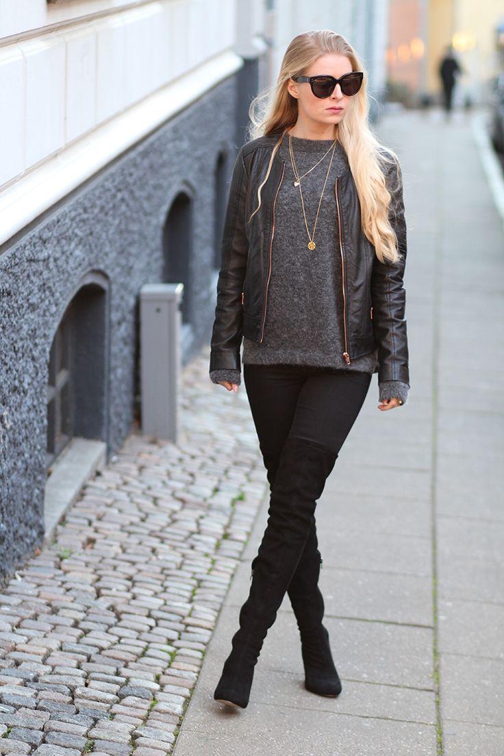 oversize strik lange støvler Asos sorte over the knee boots Amy Dyrholm Julekalender 2015 blog Inwear papina strik Jane Kønig fingerring rabat solbriller