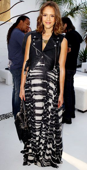 Styling Tips and Tricks For Your Body Type - Pregnant—Jessica Alba  - from InStyle.com