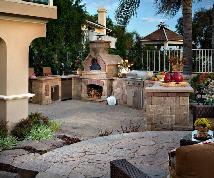 Pave stone outdoor kitchen fireplace hardscape pavers - Outdoor kitchen pizza oven design ...