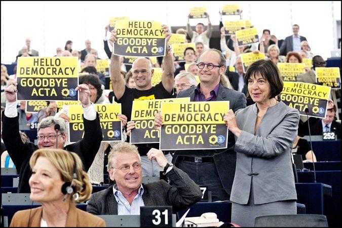 La victoire des anti-ACTA en une image
