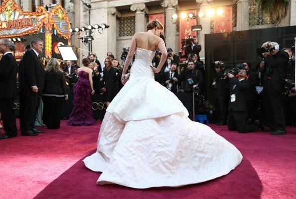 Jennifer Lawrence in Dior Haute Couture @ 2013 Academy Awards