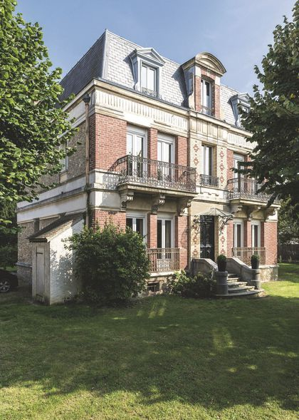 Une maison de style Mansart
