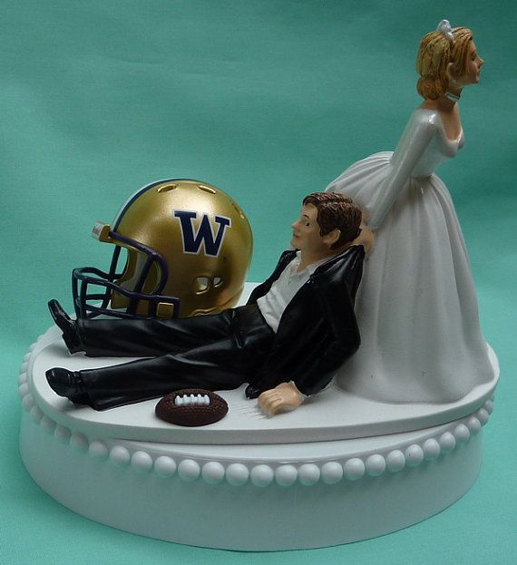 wedding cake toppers louisville ky 17 best images about washington huskies on uw 26527