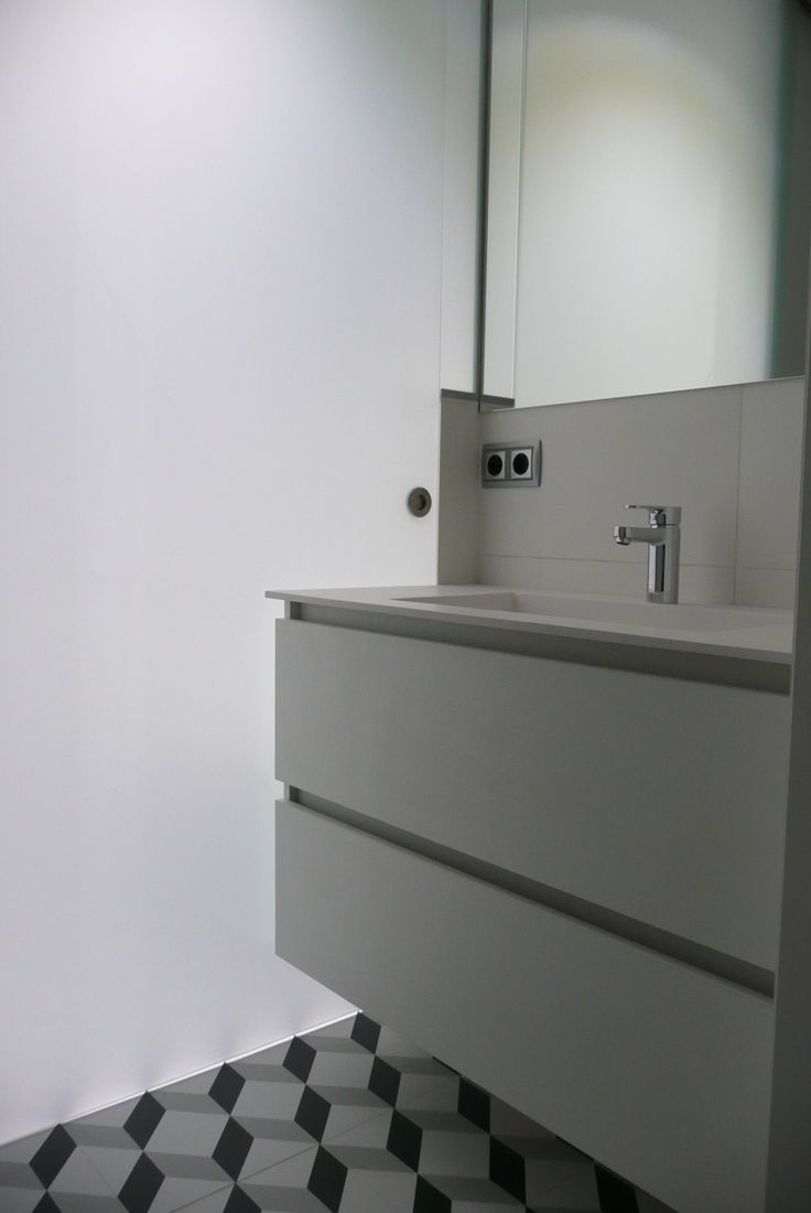 Ba o integrado en suite vestidor con encimera de corian by smstudio sm studio pinterest - Encimera corian ...