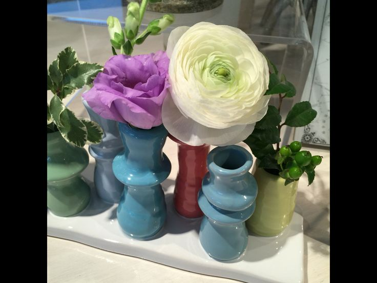 Our sweet little Toddy Vase....eight petite vases in one vessel.