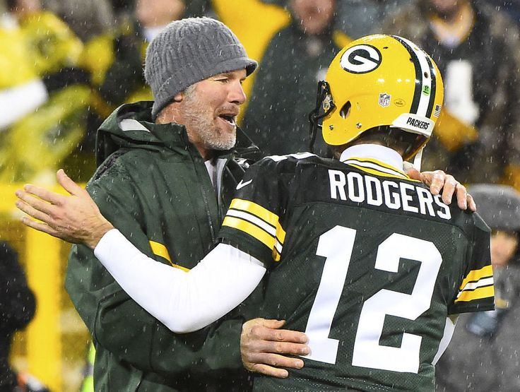 Rodgers says Prescott-Romo situation isn't like he and Favre's