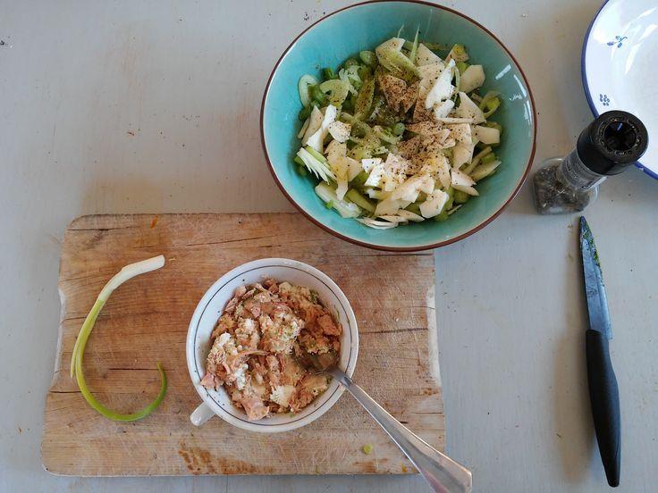 Ces rillettes de thon au fromage frais et citron vert seront tout aussi réussies et savoureuses si vous les préparez avec une boîte de filet de saumon, de maquereaux, d'anchois frais ou de sardines. A vous de tester et de me dire ce que vous préférez.