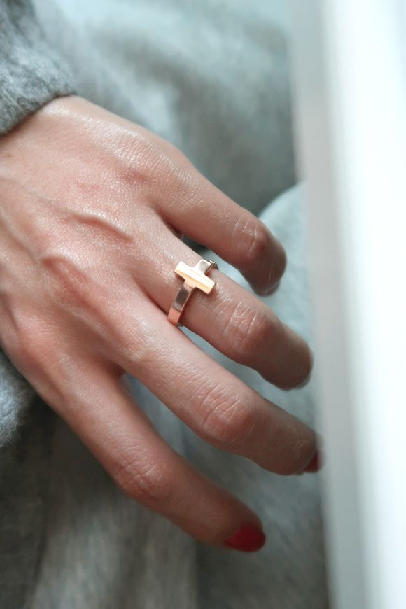 Rose Gold Sideways Cross Chain Ring Sterling Silver on kellinsilver.com