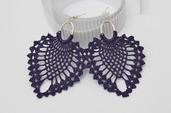 Pendientes de crochet-ganchillo  Pendientes largos  Joyería de ganchillo Color lila oscuro
