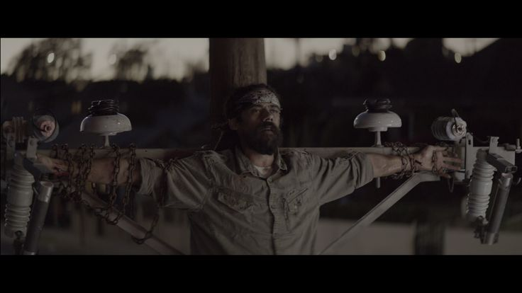 In «Nail Pon Cross» video's highlighted the crucifixion Marley #damianmarley #nailponcross #marley #reggae #vfx #visualeffect #colorcorrection