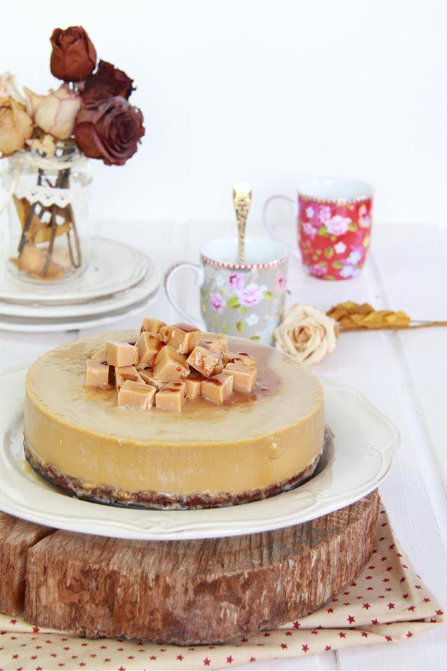 Tarta de queso y toffee con caramelo salado
