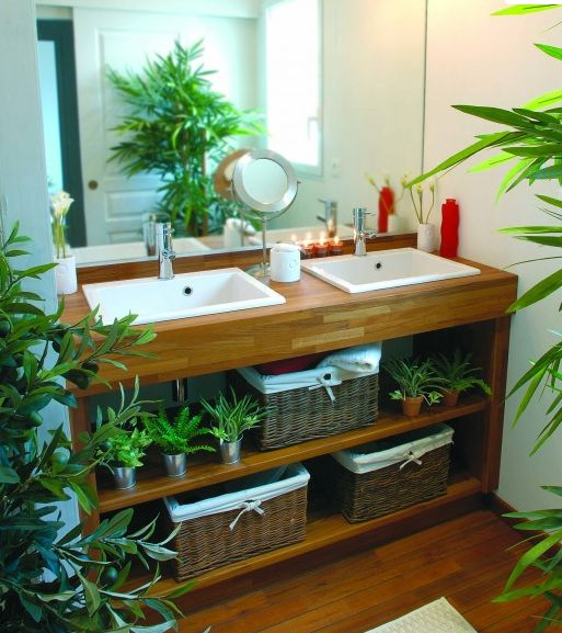 Deco salle de bain bois et vert for Deco salle de bain bois