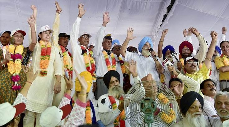 orop, orop announcement, govt OROP announcement, Narendra Modi, Manohar Parrikar, bjp government  Armed Forces veterans, OROP implementation, ex servicemen pension, army veterans pension, Army pensioners, one rank on pension, OROP pension news, india news, orop india news, indian express