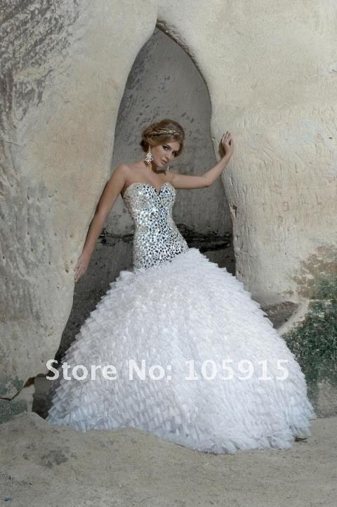 bling wedding dresses - this is a dress for my sister
