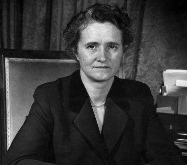 Marga Klompé: eerste vrouwelijke minister in Nederland