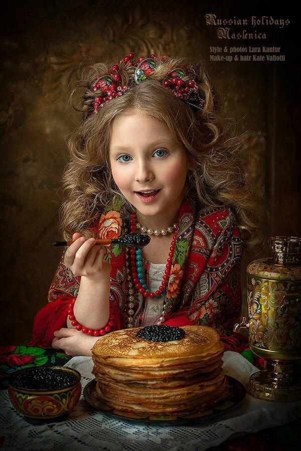 Т.И.Е. Фото из интернета. Россия.  Праздник масленица.