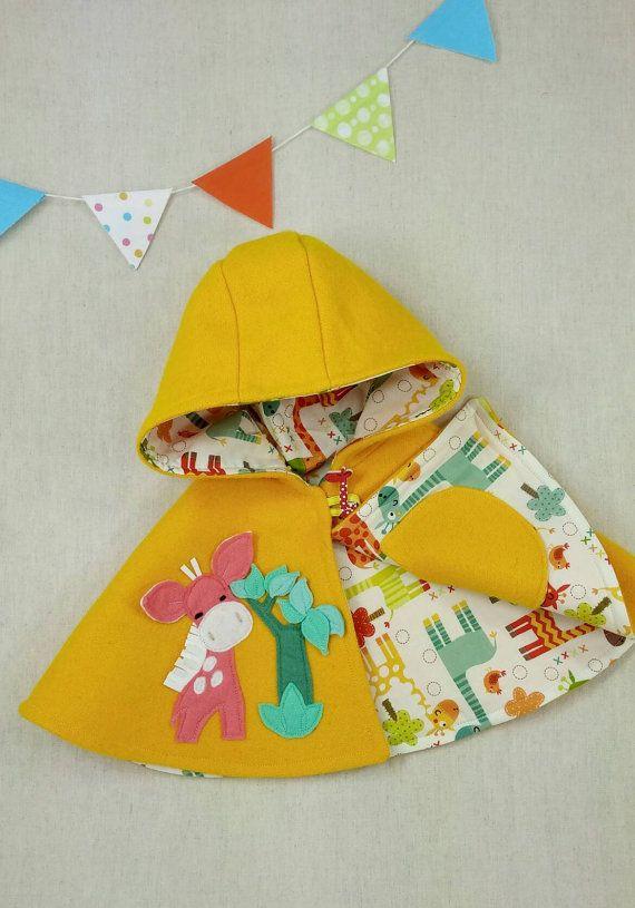 Los niños capa Baby Girl capa Poncho campana por ViolaStudio