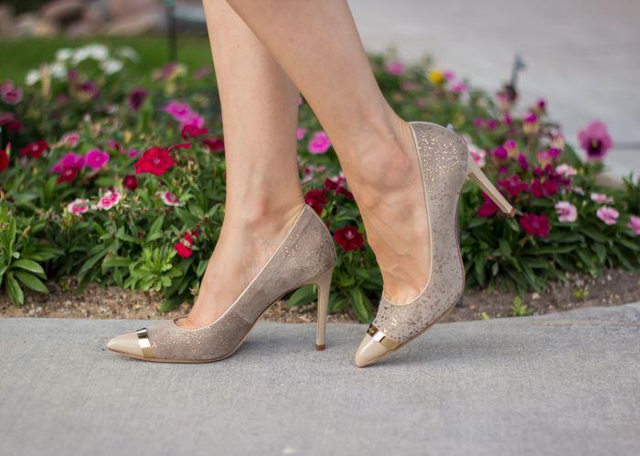 Gold embellished cap-toe pumps Helsar Kelya Shoes