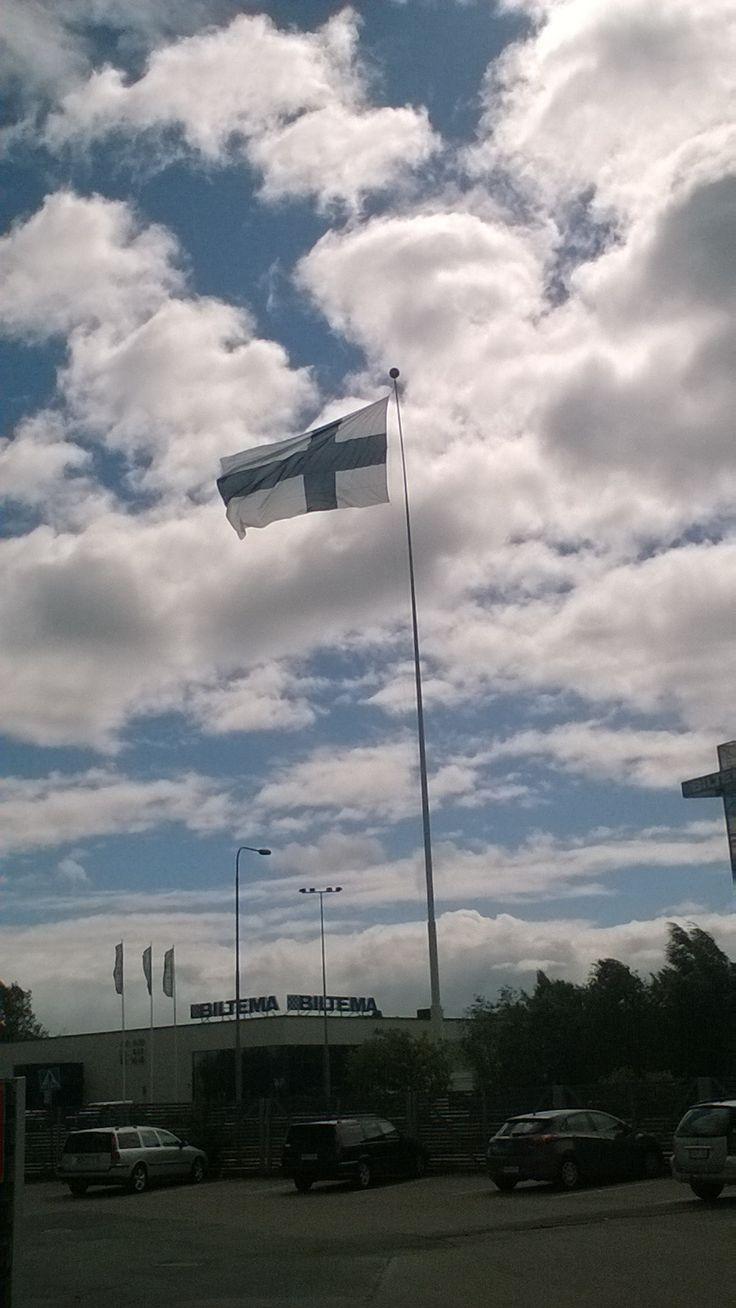 Suomen korkein lipputanko on Riihimäellä.