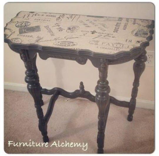Stunning half moon table $120 - alexandria http://furnishly.com/catalog/product/view/id/4925/s/stunning-half-moon-table/