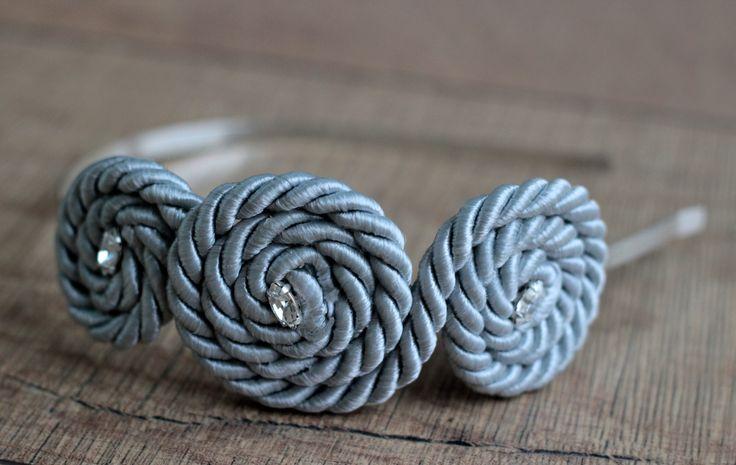 Opaska ślimak zdobiona cyrkoniami