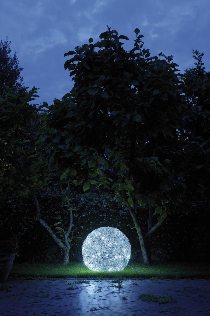 Catellani Smith Fil De Fer F Ip65 Floor Aussenleuchten Im Designleuchten Shop Wunschlicht Online Kaufen Im Freien Design Leuchten Aussenbeleuchtung