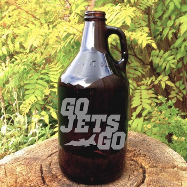Grab a growler and go! We have a collection of glass and ceramic styles from #northcitygrowlers. Perfect for the home-brewer, or to fill up for an upcoming Jets house party! #osbornevillage #growler #beercarrier #homebrewer #winnipeg #winnipegfashion #shoplocal #winnipegjets #gojetsgo