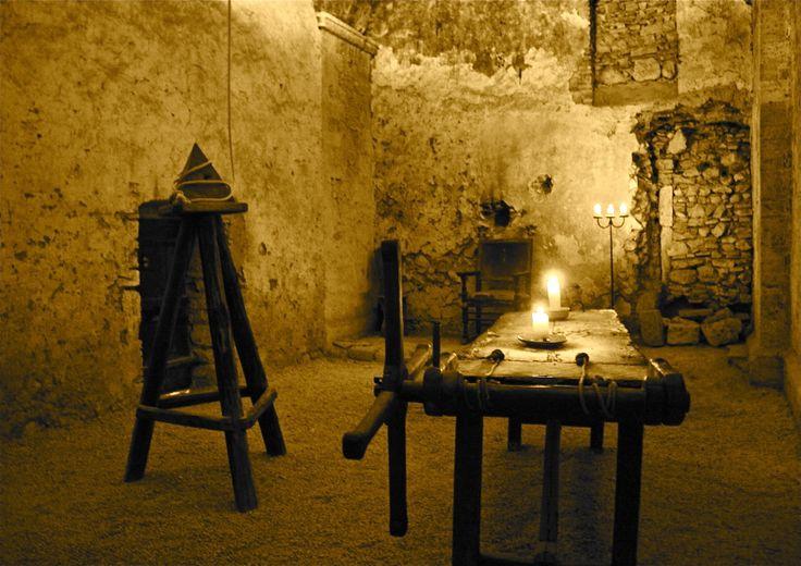 La sala dei Tormenti - Tribunale dell'Inquisizione - ex Convento dei domenicani di Santa Maria Maggiore - Narni