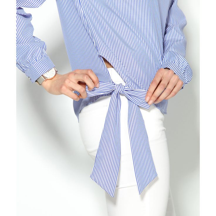 Blusa manga larga rayas con guipur en el hombro y lazada lateral
