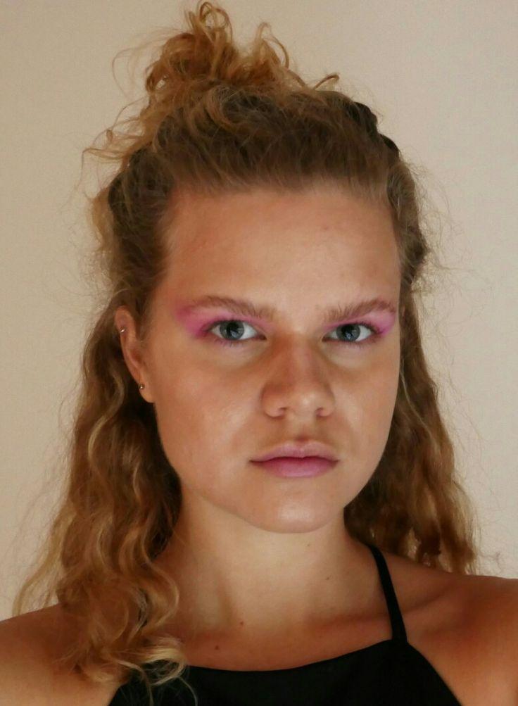 Soft pink smokey eyes @beauhoogerwerf