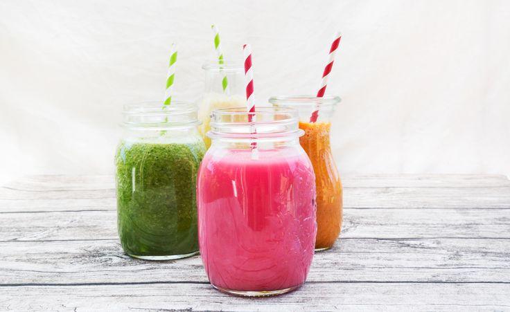 Grün für Detox, Pink für Energie und gelb für Sportler – die besten Smoothie-Rezepte für jedes Bedürfnis!