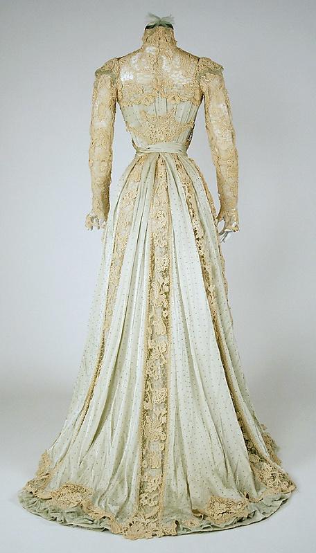 Edwardian 1902. #fashion #vintage #dress