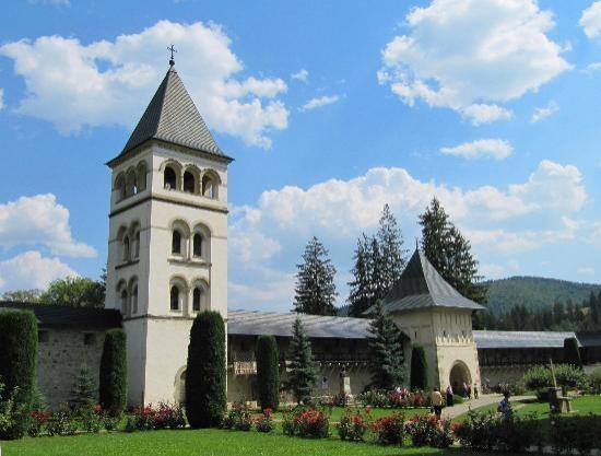 Putna Monastery (entrance / outside wall)