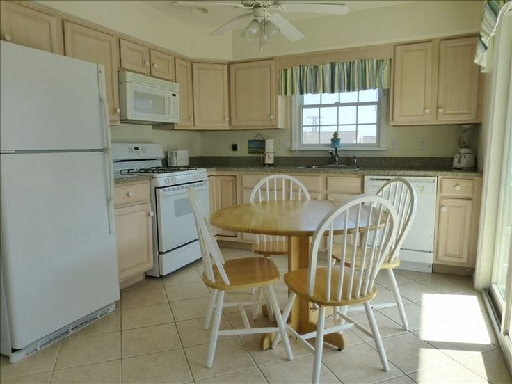 Thoughtfully planned eat -in kitchen.