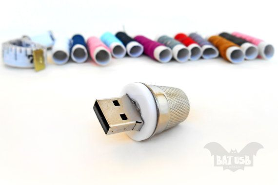 BAT™ 32GB USB flash drive - Memory Stick - Old Thimble polished restored - Gadget - Sewing accessory - Lady Gadget - Home - White button - Product Dimensions 3.5cm Height x 2.2cm Diameter by Think4HandmadeArt, €35.00