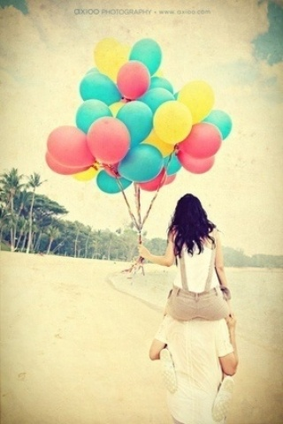 This would be cute for save the date - maybe walking side by side with the date on the balloons.