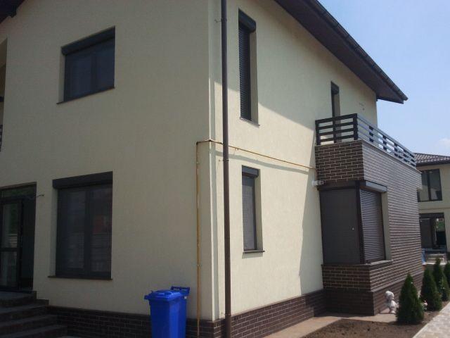 Rulouri exterioare din aluminiu pentru o vila din Bucuresti
