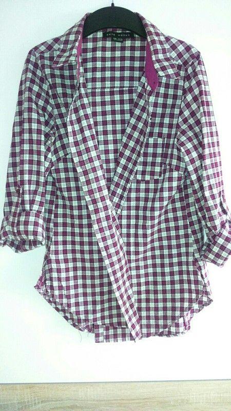 Krásná fialová košile s větším rozparkem
