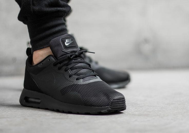 Nike Air Max Tavas Mens Black