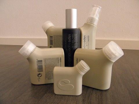 Uspa heeft een complete herenserie bestaande uit: reiniging van lichaam en haren, scrub, scheergel, aftershave balm en daverzorging.