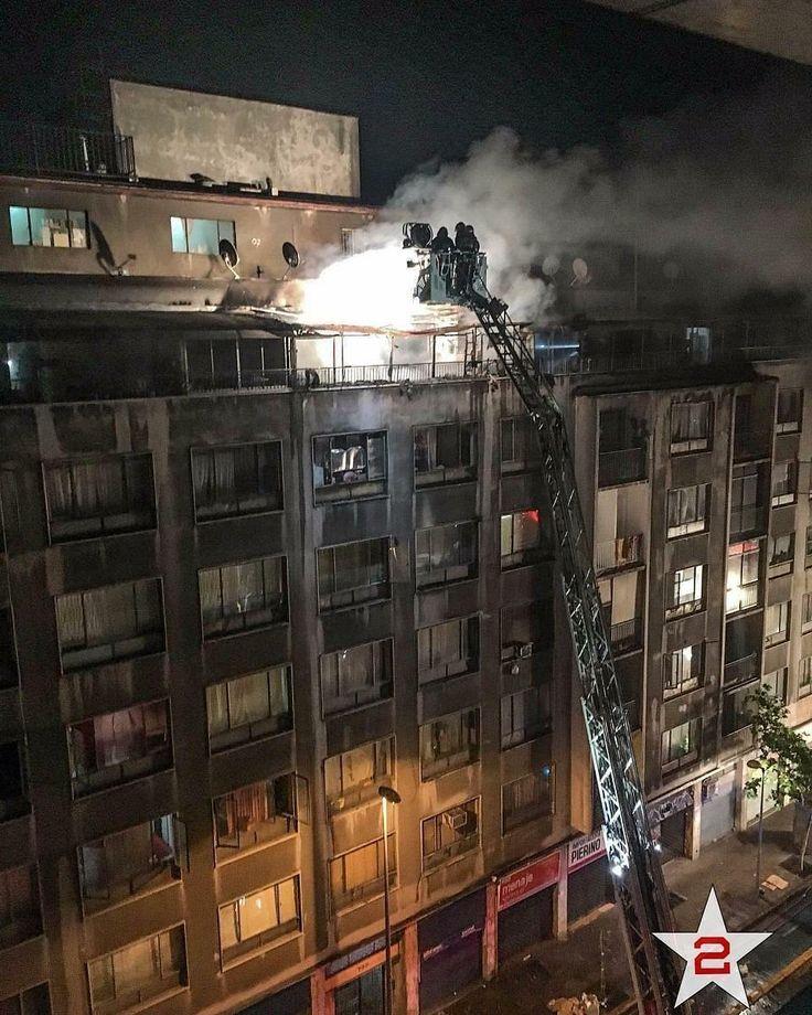 FEATURED POST @molinafirerescue - Imagen DestacadaM-8 @octavacbs desplegada en Alarma de incendio en las intersecciones de las calles San Antonio y Diagonal Cervantes. 23/11/2017 Foto: @segunda_esmeralda . . ___Want to be featured? _____ Use #chiefmiller in your post ... http://ift.tt/2aftxS9 . . CHECK OUT! Facebook- chiefmiller1 Periscope -chief_miller Tumblr- chief-miller Twitter - chief_miller YouTube- chief miller . . #firetruck #firedepartment #fireman #firefighters #ems #kcco…