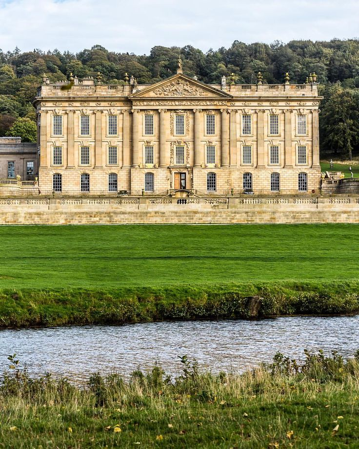 Chatsworth House in England's Peak District is famous for being in the movie Pride and Prejudice. #chatsworth #chatsworthhouse #england #uk #house #peakdistrict