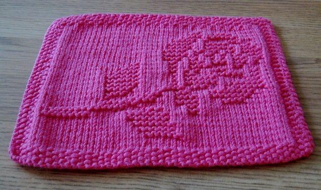 Aujourd'hui je vous propose de réaliser une lavette à motif de rose. Ce sera Noël dans 5 semaines, et j'ai pensé que ce projet pourrait vous plaire ! Un joli petit cadeau à mettre sous …