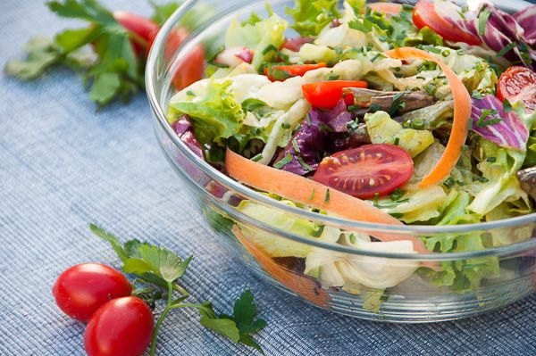 This delicious mixed salad is great to take to work for a healthy lunch on-the-go!Cherry tomatoes,carrot strips and radishes provide great crunch and colour
