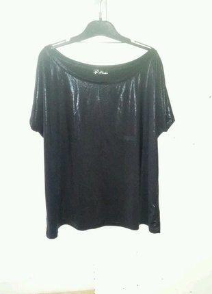 À vendre sur #vintedfrance ! http://www.vinted.fr/mode-femmes/hauts-and-t-shirts-t-shirts/27491685-haut-noir-effet-mouille-t-m