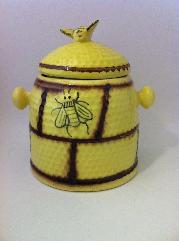 Vintage beehive honeybee biscuit jar cookie jar house by comforte good pinterest - Beehive cookie jar ...